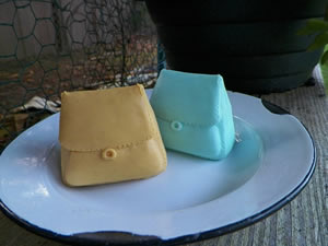 Sleek Purse Soap Mold